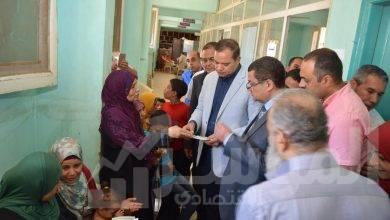 """صورة جامعة سوهاج تعالج ٥٧١ حالة بالمجان ضمن قافلة طبية لأهالي """"حي راشد"""""""