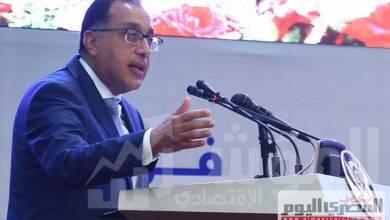 صورة رئيس الوزراء يتفقد مركز الخدمات اللوجيستية بجمارك بورسعيد