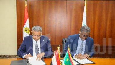"""صورة """" رئيس البريد """"  يستقبل نظيره الموريتاني بهدف بحث أوجه التعاون وتبادل الخبرات بين البلدين"""