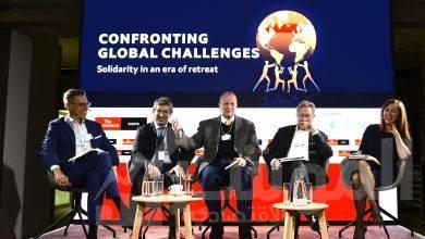 صورة في أكبر تجمع اقتصادي عالمي الشركات والمؤسسات المالية العملاقة تطرح رؤيتها لصناعة المستقبل
