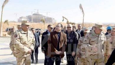 صورة رئيس الوزراء يصعد للدور الـ16 بالبرج الأيقونى فى العاصمة الإدارية الجديدة