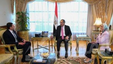 صورة وزير الاتصالات وتكنولوجيا المعلومات يجتمع مع الرئيس التنفيذي للهيئة العامة للاستثمار والمناطق الحرة