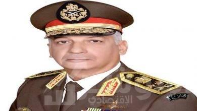 صورة رئيس الوزراء يُهنئ وزير الدفاع بالذكرى الثامنة والثلاثين لتحرير سيناء