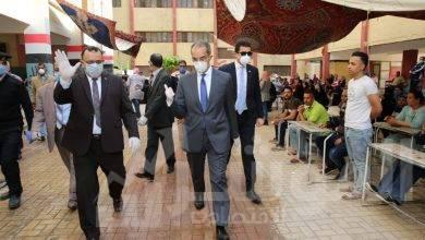 """صورة """" طلعت """" يتفقد انتظام سير العمل في عدد من منافذ البريد في القاهرة والجيزة"""