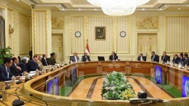 صورة رئيس الوزراء يترأس اجتماع اللجنة الرئيسية لتقنين أوضاع الكنائس