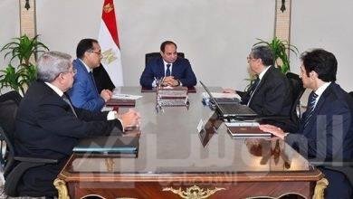 """صورة """" السيسي """" يجتمع مع رئيس مجلس الوزراء و وزير الكهرباء والطاقة المتجددة"""