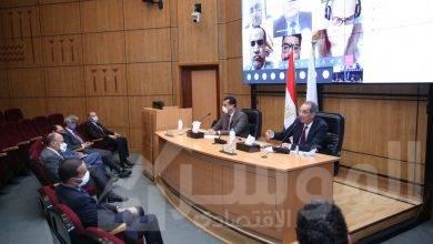 صورة وزير الاتصالات  يشهد إطلاق خدمة انتقال المستخدمين بين شبكات المحمول خلال 24 ساعة