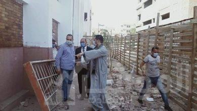 صورة رئيس مجلس مدينة منفلوط يتابع تجهيزات مستشفى العزل والحجر الصحي بمركز منفلوط