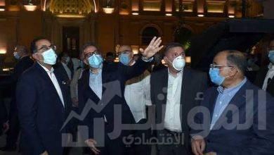 صورة رئيس الوزراء يتفقد المرحلة النهائية لمشروع إضاءة ميدان التحرير بعد تطويره