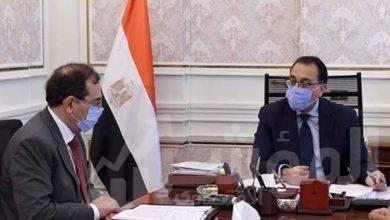 صورة رئيس الوزراء يُتابع مع وزير البترول ملفات عمل الوزارة