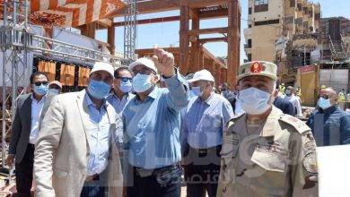 صورة رئيس الوزراء يتفقد أعمال تطوير السوق السياحى بأسوان
