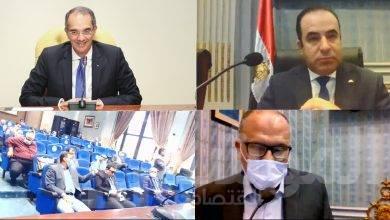صورة وزير الاتصالات يناقش مشروعات بناء مصر الرقمية بمجلس النواب