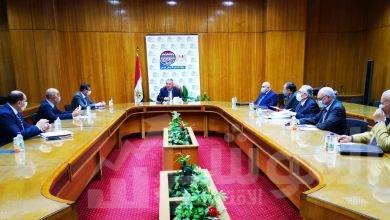 صورة وزير قطاع الأعمال العام يناقش آليات تطبيق النظام الجديد لتداول القطن في 4 محافظات
