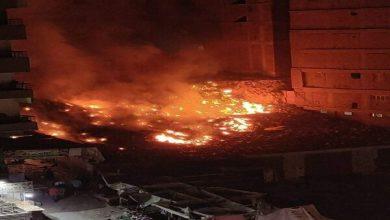 صورة السيطرة على حريق شب بمخلفات في منطقة السوق بمدينة نصر