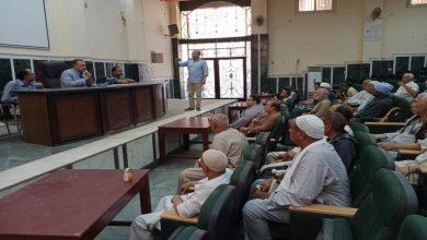 """صورة بالصور .. """" السايس """"  يعقد اجتماعاً مع عمد ومشايخ قرى ملوي"""