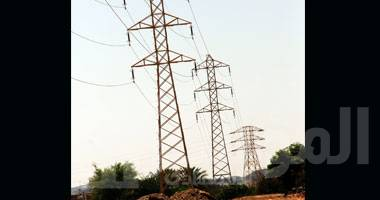 صورة تجديد شبكة الكهرباء ومبنى البريد بقرية القلمون بالوادي الجديد