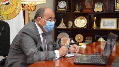 صورة وزير التنمية المحلية يعقد إجتماعاً مع فريق من البنك الدولي لمتابعة أخر مستجدات برنامج التنمية بصعيد مصر