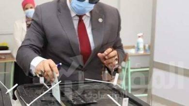 """صورة """"سعفان"""" يدلى بصوته في انتخابات مجلس الشيوخ"""