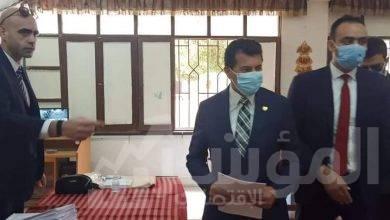 """صورة """"صبحى"""" يدلي بصوته في انتخابات مجلس الشيوخ بالشروق"""