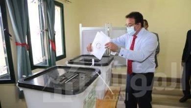 """صورة """"وزير التعليم العالي"""" يدلي بصوته فى انتخابات مجلس الشيوخ"""