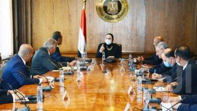 صورة وزيرة التجارة والصناعة تستعرض خطة الارتقاء بالصادرات المصرية للأسواق الخارجية