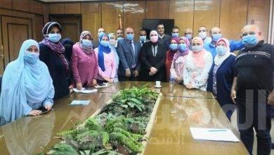 صورة وزيرة التجارة والصناعة تقوم بزيارة لمقر مصلحة الرقابة الصناعية