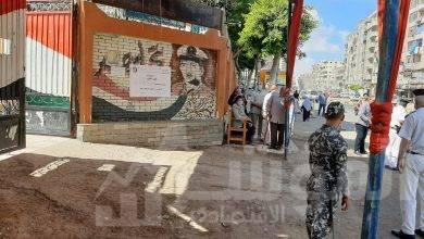 صورة مؤسسة بنحبك يامصر توزيع آلاف من الكمامات الطبية للناخبين بعدد من اللجان