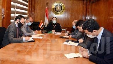 صورة وزيرة التجارة تبحث مع سفير الصين بالقاهرة تعزيز التعاون الاقتصادي بين البلدين