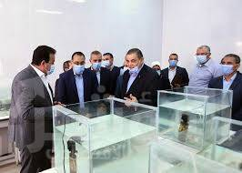 رئيس الوزراء يتجول في كلية علوم الثروة السمكية والمصايد بجامعة كفر الشيخ