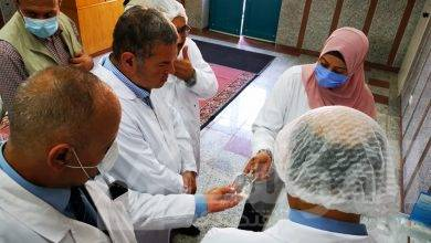 صورة وزير قطاع الأعمال العام يتفقد شركة النصر للكيماويات الدوائية بالقليوبية