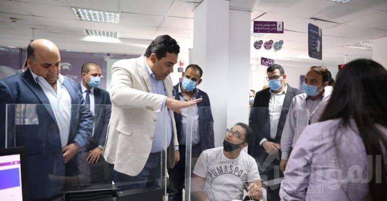 الرئيس التنفيذي للمصرية للاتصالات يتفقد سير العمل بالإسكندرية