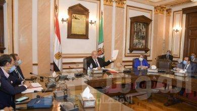 صورة رئيس جامعة القاهرة يناقش وضع آليات جديدة للعمل بمستشفى الفرنساوي خلال الفترة القادمة