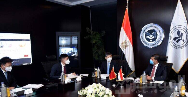 رئيس هيئة الاستثمار يبحث مع السفير الصيني بالقاهرة تيسير إجراءات جذب الاستثمارات