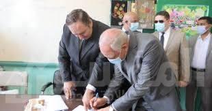 حافظ الجيزة يدلي بصوته في انتخابات مجلس الشيوخ