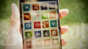 صورة 79 %من الشباب العرب يحصلون على الأخبار من وسائل التواصل الاجتماعي