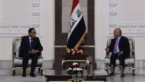 رئيس الوزراء خلال لقاءه مع رئيس مجلس النواب العراقى