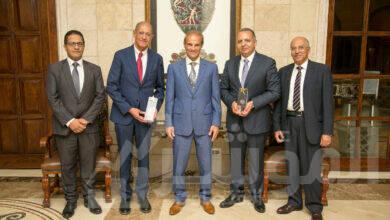 صورة تكريم شركة MCV عن جوائز إحتفالية (الأفضل – Car of the Year Egypt)
