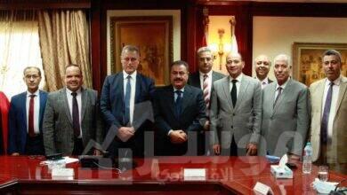 صورة توقيع مذكرة تفاهم بين جهاز تنمية المشروعات المتوسطة والصغيرة ومتناهية الصغر و مصلحة الضرائب المصرية