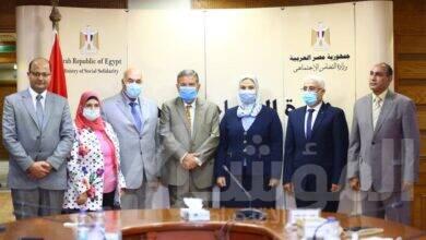 صورة وزراء قطاع الأعمال والنقل والصناعة يبحثون تنفيذ توجيهات القيادة السياسية الخاصة لتطوير الاسطول التجاري المصري