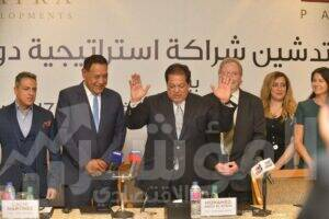 محمد أبو العينين رئيس مجلس إدارة مجموعة كليوباترا خلال المؤتمر الصحفي