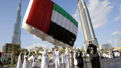 صورة أشهر معالم الدولة تشارك في احتفالات اليوم الوطني 49 لدولة الإمارات