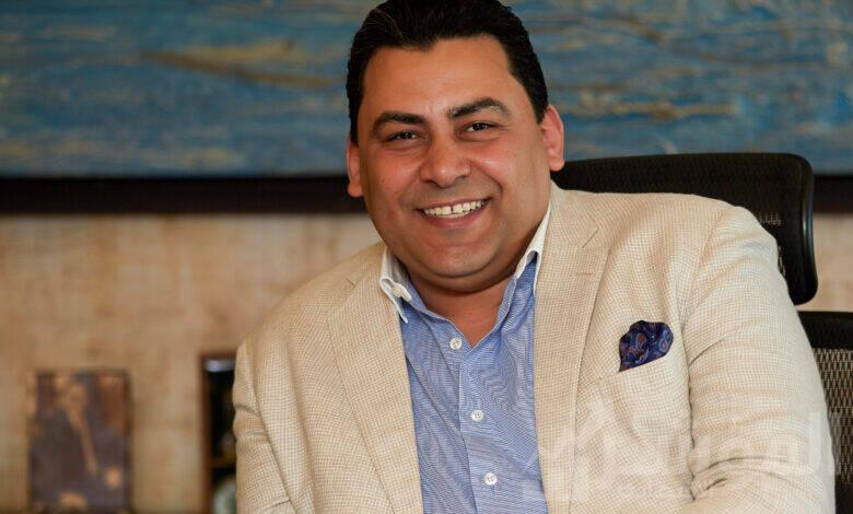 لمهندس/ عادل حامد، العضو المنتدب والرئيس التنفيذي للشركة المصرية للاتصالات