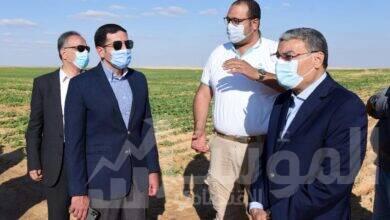 """صورة رئيس هيئة الاستثمار ومحافظ المنيا يتفقدانمشروع شركة """"القناة للسكر"""" بمحافظة المنيا"""