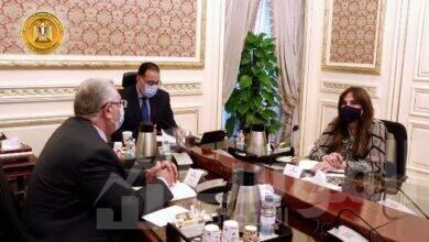 صورة رئيس الوزراء يعقد اجتماعا مع وزير الزراعة لمتابعة أحد مشروعات الثروة السمكية