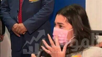 صورة سما أبو العز.. الفتاة التي بكت بعد إشادة الرئيس بمجهوداتها لمساعدة متحدي الإعاقة