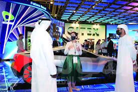 """صورة """"اتصالات"""" تعرض الحلول المستقبلية في قطاع النقل والتجزئة الذكية"""