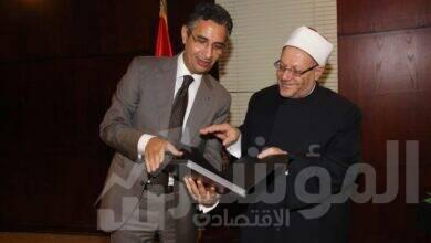 صورة رئيس البريد يستقبل فضيلة المفتي ويشيد بدور الإفتاء في توطيد مفهوم سماحة الدين الحنيف