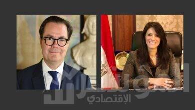 """صورة """" المشاط """"  تبحث مع السفير الفرنسي بالقاهرة تعزيز العلاقات الاقتصادية ودعم أجندة التنمية الوطنية"""