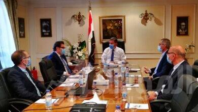 صورة وزير قطاع الأعمال العام يبحث مع تحالف إيطالي التعاون في صناعة أتوبيسات تعمل بالغاز الطبيعي