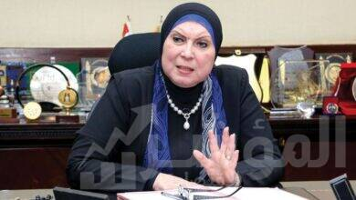 صورة وزيرة التجارة والصناعة تغادر القاهرة متوجهةً إلى العاصمة السودانية الخرطوم ل